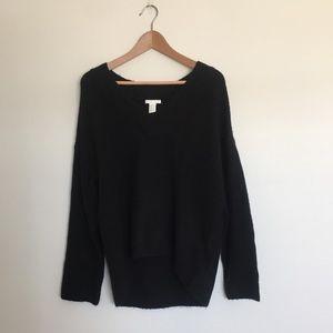 H&M Oversized Black V-Neck Sweater